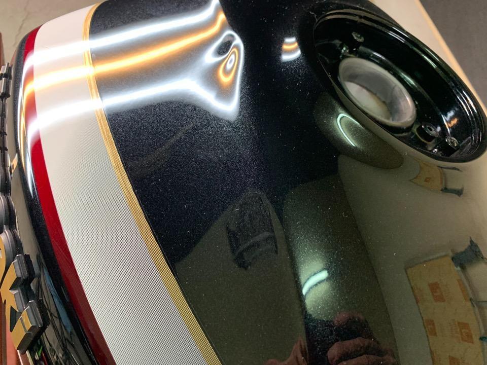 同タンクの修理事例をご覧になられてご依頼。ZRX1200 栃木県