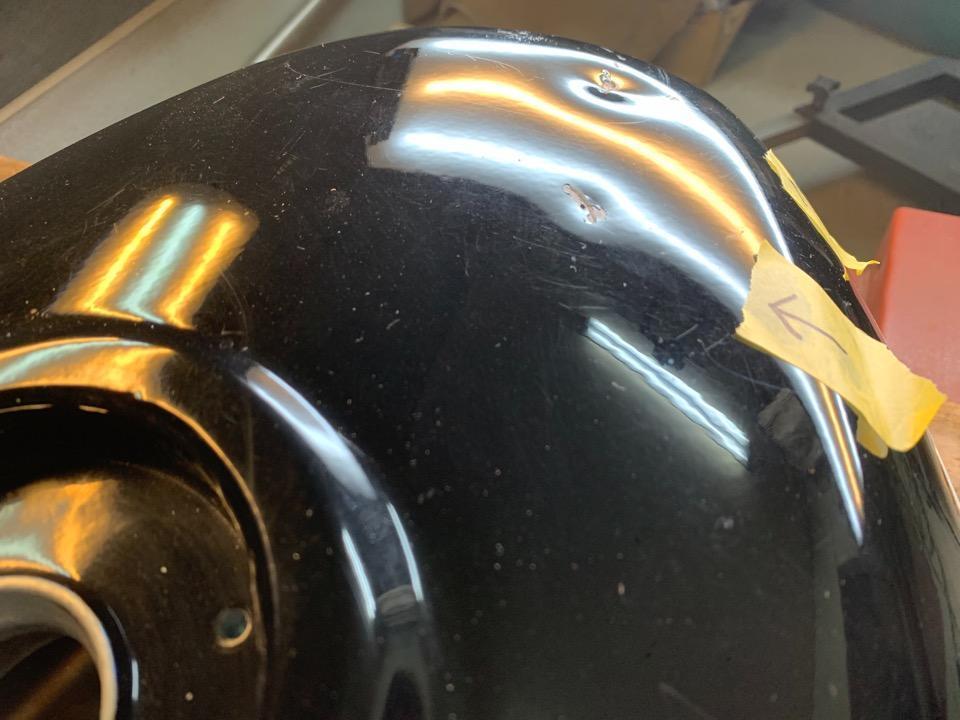 タッチアップ前提での凹み直し、GSX-R750RKアルミタンク 和歌山県